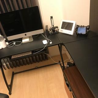 PCデスクと収納棚 - 家具