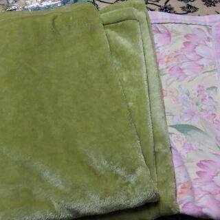 【お譲り先決定】ポリエステル毛布、綿毛布