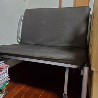 折り畳み式のベッド
