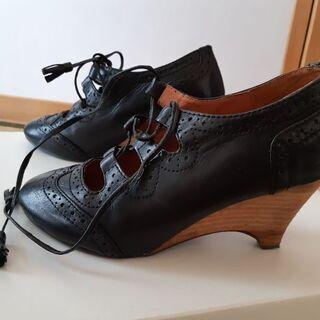 レディース用革靴(サラジョーンズ)
