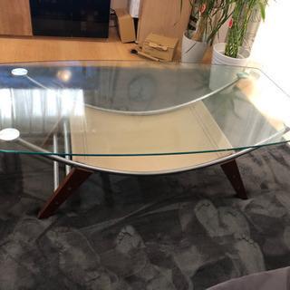 綺麗ガラステーブル