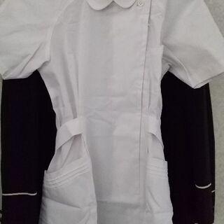新品の可愛い白衣と半白衣です。仕事はもちろん、ハロウインの仮装に...
