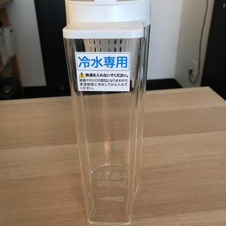 無印 アクリル冷水筒 冷水専用約2L