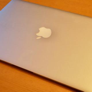 Apple / MacBook Air (13-inch, Ea...