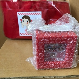 ペコちゃんオリジナルお楽しみ缶 - 旭川市