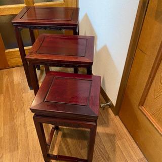 店舗のインテリアにも使えるアンティーク家具売りますの画像