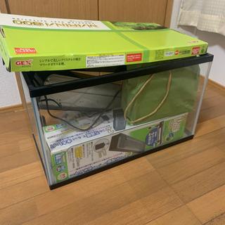 60cm ガラス水槽 観賞魚飼育用アイテム一式おまけ 1000円 - 福岡市