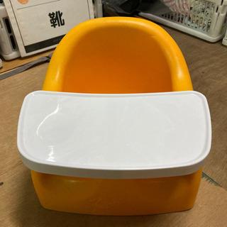 【再値下げ】karibuベビーチェア オレンジ テーブル付