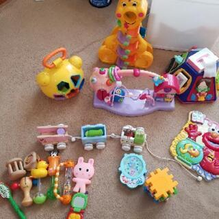 赤ちゃん用おもちゃ色々の画像