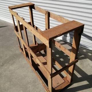 犬小屋にも、鳥ケージにもなる木枠