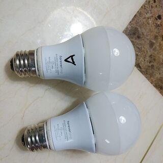 中古の白熱灯タイプのLED電球です タイプE26