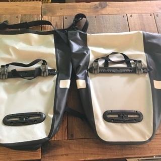 4.montbell ドライサイドバッグ 2個1セット − 大阪府