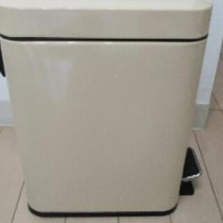 【お譲りします】ペダル式ゴミ箱 - 大阪市