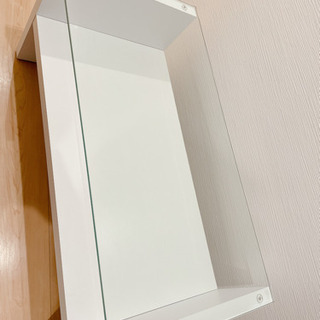 【美品】白いガラスローテーブル