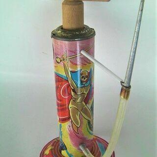 1967年★昭和レトロ懐かしい「黄金バット」ブリキ製のポンプ式水...