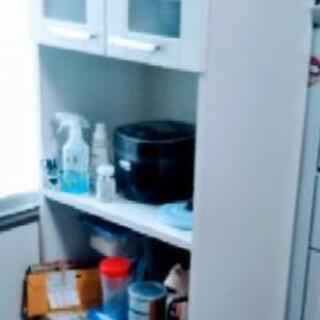 《美品》食器棚(幅42 奥行59 高さ180)