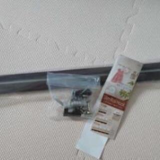 新品 スリムレールフック 壁付け 80cm レールフック 壁掛け...