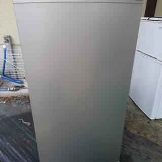 【ネット決済】只今、交渉中です。TOSHIBA 縦型冷凍庫 20...