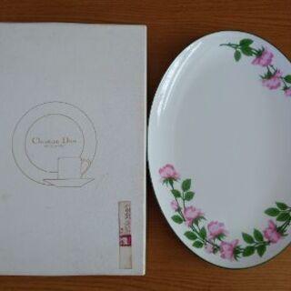 Christian Diorのお皿