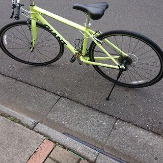 美品 クロスバイク GIANT エスケープR3 ESCAPE