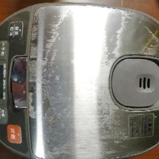 2013年製のシャープの炊飯器