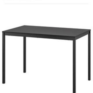 IKEAダイニングテーブルセット(※イスは2脚のみ)の画像