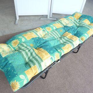 折り畳み 簡易ベッド マット付
