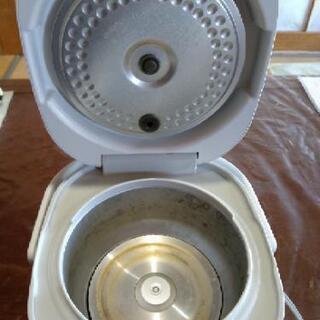 [配達無料][即日配達も可能?]炊飯器 SHARP  三合炊き KS-H5E9  美品 - 家電