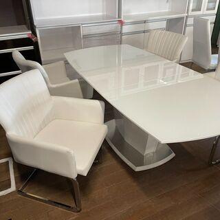 食卓5点セット!椅子新品!テーブルは伸長式です。通常998…