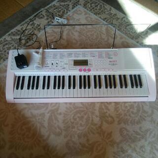 【お値下げしました】電子ピアノ LK-105 光ナビルーチェLUCE