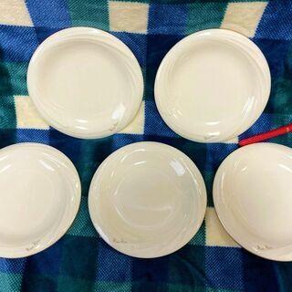 ★ほぼ未使用!!5枚セット「ニナリッチ」白いプレート皿・デ…