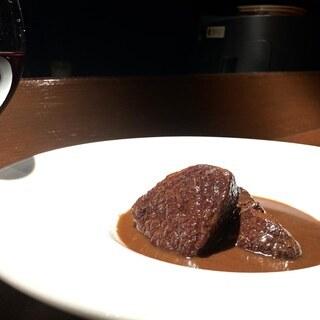 旬の食材でご自宅フレンチ ~牛肉の赤ワイン煮~