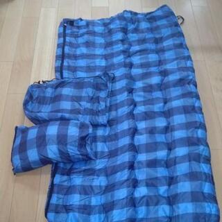 『値下げ』【引き取り希望】AIPine  DESGN  封筒型寝袋『枕付』 青チェック柄の画像