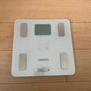 【美品】OMRON 体重計