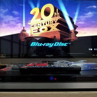 ☆②4K & Ultra HD&ブルーレイ!3チューナー・2TB...