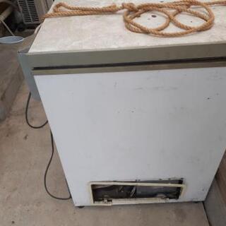 業務用冷凍庫、業務用炊飯器