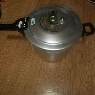 コープ圧力鍋5.5リットル