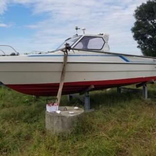 船プレジャーボート