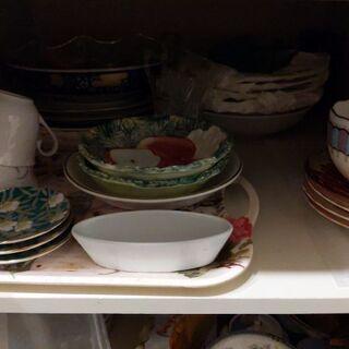 食器、お皿いろいろ