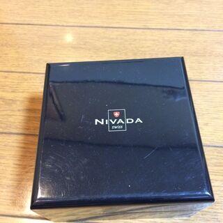 腕時計ブランドNIVADAの箱 200円