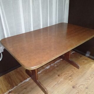 大丸で購入したテーブル差し上げます