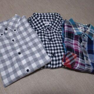 ユニクロのネルシャツ3枚!