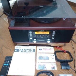 ジャンクTEAC ターンテーブル/カセットプレーヤー付CD…