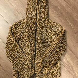 豹柄 暖かジャンパー Mサイズ