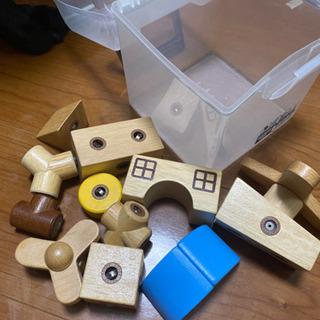 くっつく積み木おもちゃ 500→300