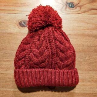 ニット帽子 赤 42から44cm