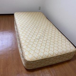 ベッドマットレス(コイルスプリング)お譲りします。の画像