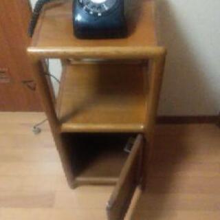 【ネット決済】懐かし〜い電話と電話台いかがですか?