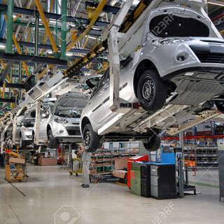 自動車製造業務 A