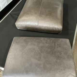 ソファーのクッション